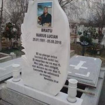 Fotoceramica funerara de la Sim Servicii Funerare SRL