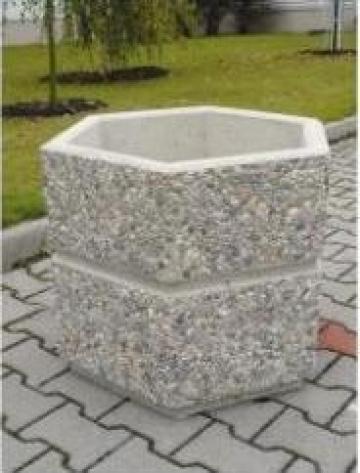 Jardiniera beton hexagonala de la Electrofrane