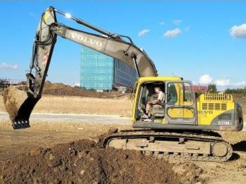 Inchiriere excavator pe senile 21tone de la Terraset_con Srl