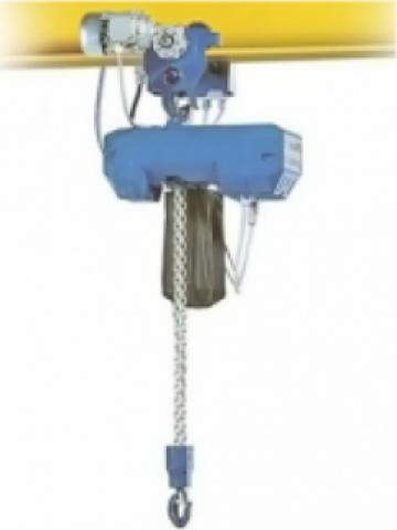 Electropalan cu cablu cu deplasare electrica 500 Kg de la Electrofrane