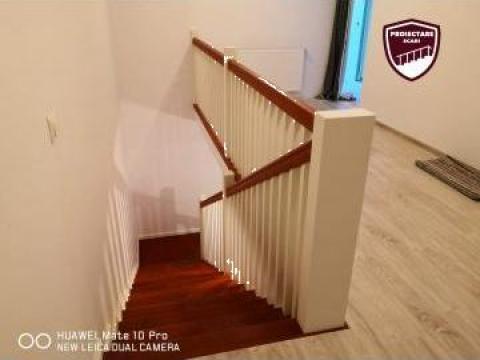 Scara placata cu lemn de fag si balustrada simpla