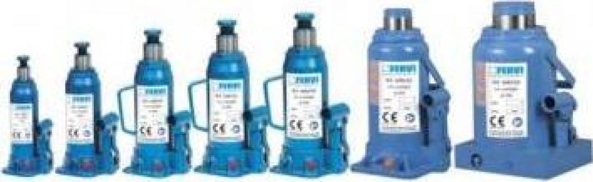 Cric hidraulic butelie 0062/50 de la Proma Machinery Srl.