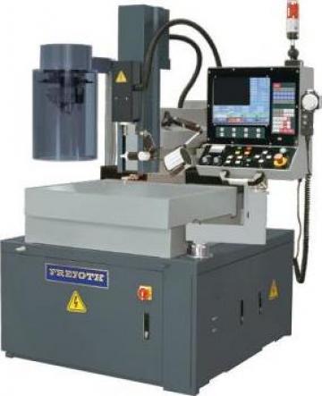 Masina electroeroziune cu CNC CNC-4030AT de la Proma Machinery Srl.