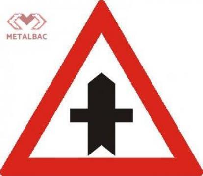 Indicator Intersectie cu drum fara prioritate de la Metalbac International Srl