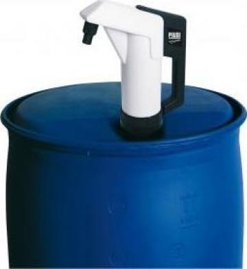 Pompa manuala Adblue cu piston pentru butoi de la Simba's Group Srl