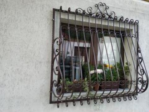 Gratie fereastra de la Forjart Srl
