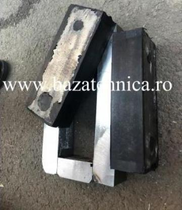 Tampon cilindru compactor vulcanizat in matrita 45x70x190 mm de la Baza Tehnica Alfa Srl