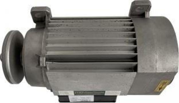 Motor monofazic 2,2 KW 3,0 CP 230 V pentru masini de debitat de la Maer Tools
