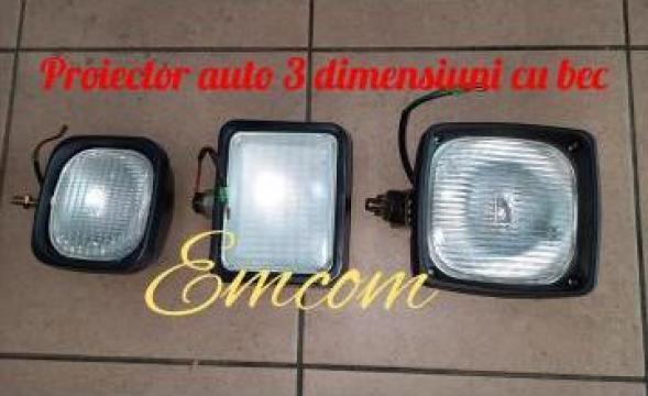 Proiector auto 3 dimensiuni de la Emcom Invest Serv Srl