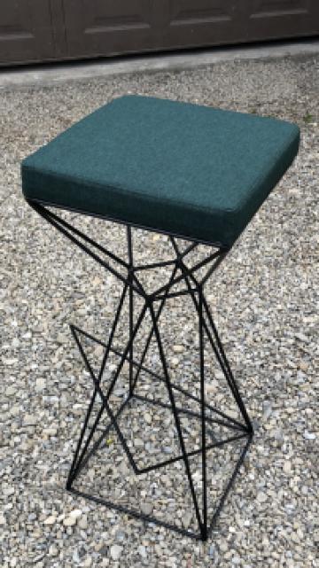 Scaune/scaun de bar metalice, lemn masiv, bistro-horeca de la Sc Interior Wood Stil Srl