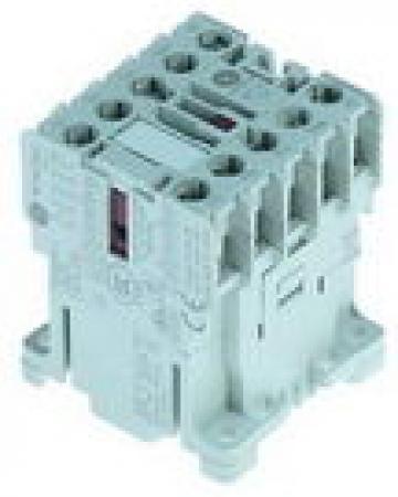 Contactor 4kW/400V, 1NC, 9A de la Kalva Solutions Srl