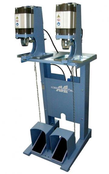 Masina batut capse pneumatica MT Metalmeccanica de la Senior Tex