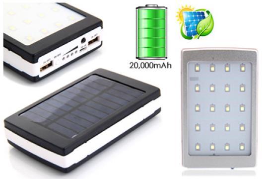 Baterie externa Power Bank solar cu lanterna