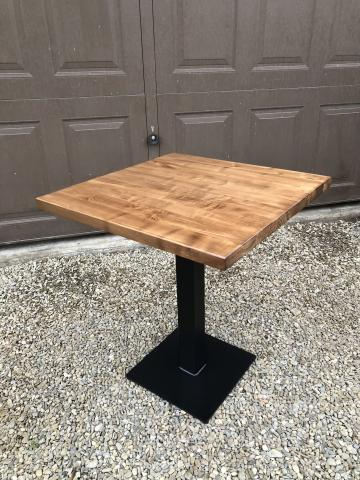 Masa/mese bar, picior/baza metalica, lemn masiv Horeca de la Sc Interior Wood Stil Srl