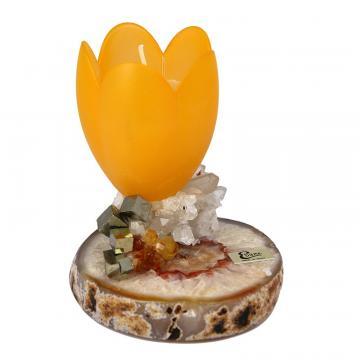 Lumanare parfumata in suport pe aranjament cu agat de la Luxury Concepts Srl