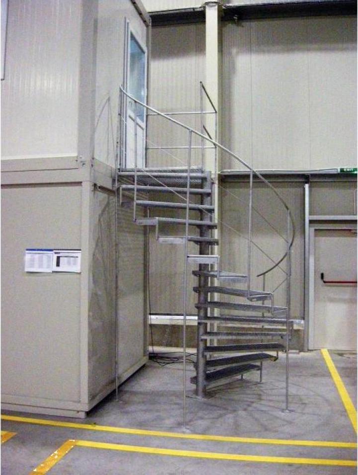Scari metalice zincate pentru containere
