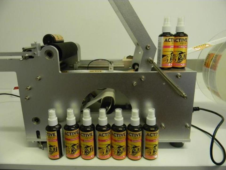 Masina etichetare 220V semiautomata