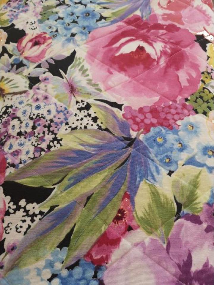 Cuvertura cu flori mari colorata 270x270cm