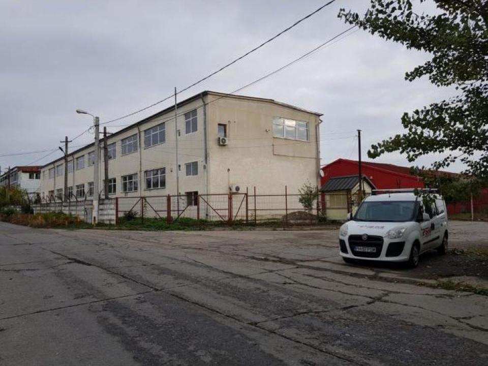 Hala productie 1370 mp Ploiesti